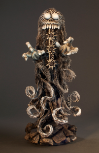 dug-sculpture-monster